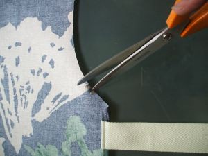 How to sew an oil cloth apron
