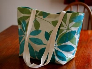 how to sew an oil cloth tote bag