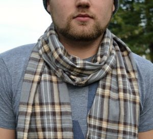 sew-christmas-gifts-for-men-scarf-flanne